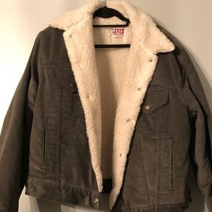 Vintage Authentic 80s/90s Levi Sherpa Jacket